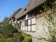 Anne Hathaway's Cottage in Shottery, Stratford-upon-Avon 2010 ©Literati Girl