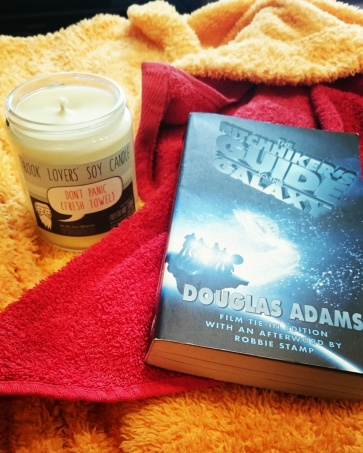 Happy Towel Day, book lovers! Get out your bathrobes, towels and copies of The Hitchhiker's Guide to the Galaxy to celebrate the genius of Douglas Adams. #42 #VeryArthurDent #HHGTTG #TowelDay #thanksforallthefish #bookstagram ©theliteratigirl
