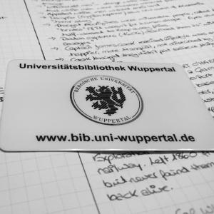 My brand-spanking new Uni Wuppertal library card ©Literati Girl
